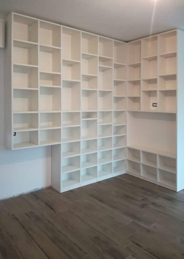 Libreria da terra in nobilitato bianco